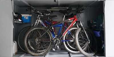 Rodzaje boksów - szaf garażowych