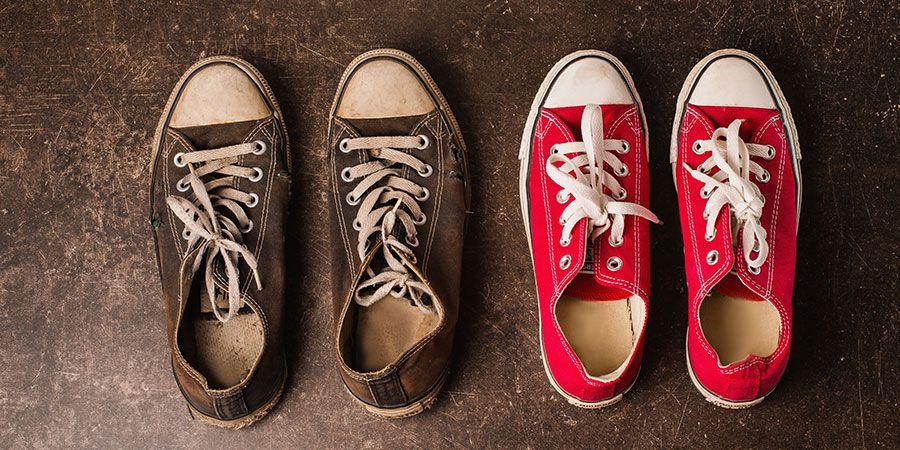 Gdzie wyrzucić stare buty